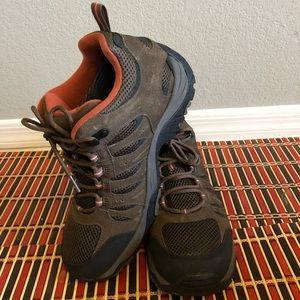 Men cabela's shoes Size 10